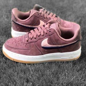 NEW Nike Air Force LX